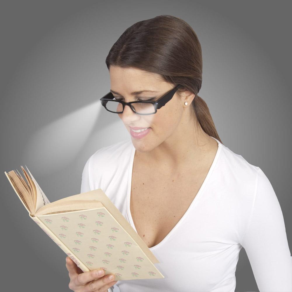 Ochelari de citit cu lumina si dioptrie +1.5